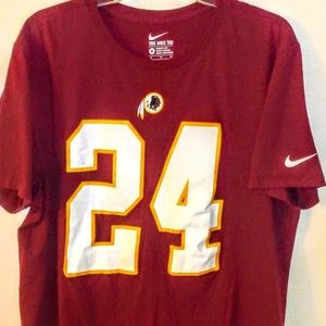 new product d2bb3 d2158 Redskins #24 Josh Norman XL Jersey T-Shirt - NWT Boutique